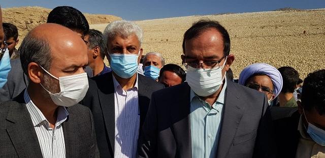 بازدید دکتر محرابیان وزیر نیرو از سد در حال ساخت نرگسی کازرون